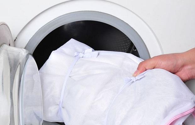 Як прати органзу в пральній машині